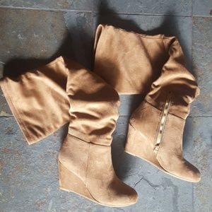 Size 7.5 Chinese Laundry Suede-like Boots